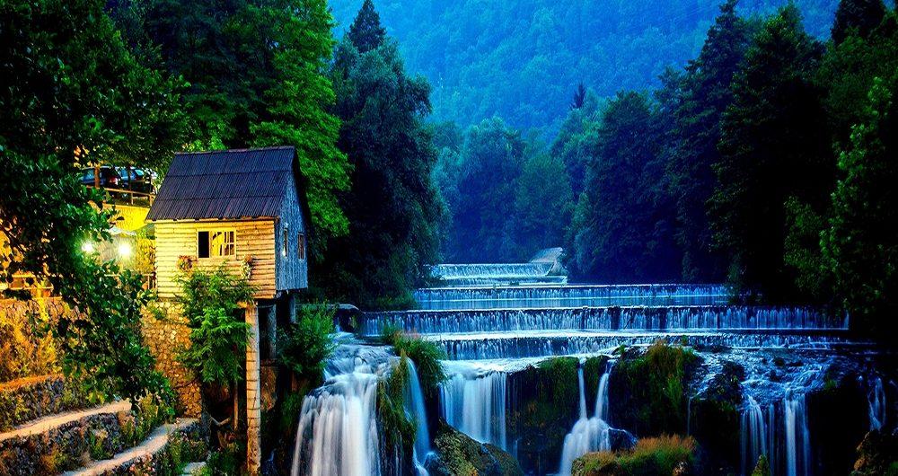 السياحةة في البوسنة برنامج سياحي سيارة مع سائق عربي